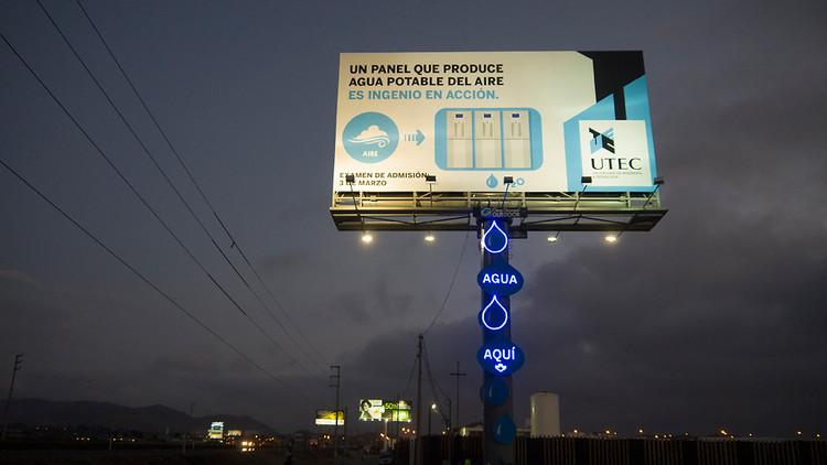 1681447-slide-water-billboard-047